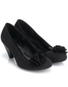 low heel love it shoes u0026 bags pinterest low heel shoes clothes and kitten heels
