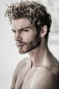 Mens Short Curly Hairstyles, Male Haircuts Curly, Boy Hairstyles, Haircuts For Men, Wavy Hair Men, Curly Hair Cuts, Long Curly Hair, Curly Hair Styles, Gents Hair Style