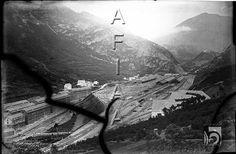 Estación Internacional de Canfranc. Vista de las vías y del pueblo nuevo 1930DARA :: Detalle de Registro