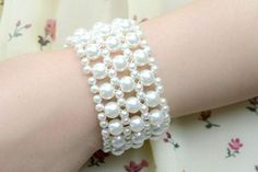Pearl bracelet for wedding. Craft ideas from LC.Pandahall.com (How To Make Bracelets Pearl Necklaces)