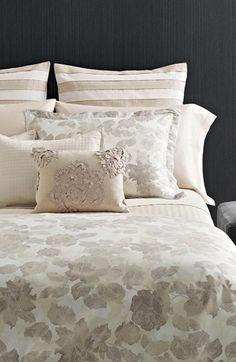 Vera Wang rose print bedding collect ion