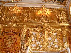 AMBER ROOM THE CATHERINE PALACE TSARSKOE SELO near ST PETERSBURG RUSSIA