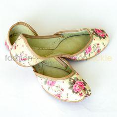 Vintage Lemon Yellow Flowers Printed Handmade Shoes