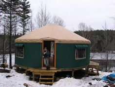 http://www.off-the-grid-homes.net/living-off-the-grid.html Living off the grid. Live Off The Grid