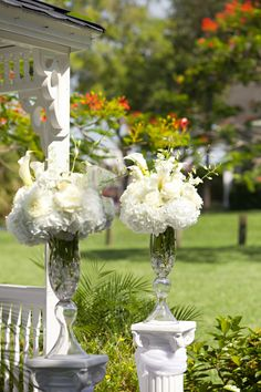 All white EVERYTHING wedding at Davis Island Garden Club Tampa, FL. Florals designed by moi! www.royaleventsservices.com