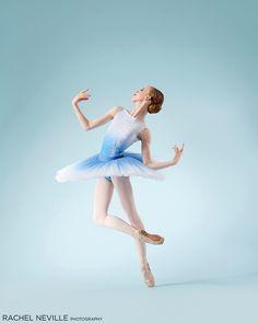 Winsome Ballet Dance Photography by Rachel Neville.    #Winsome #Ballet #Dance #Photography #RachelNeville #movement #performance Ballet Poses, Dance Poses, Ballet Dancers, Movement Photography, Ballet Dance Photography, Photography Ideas, Dance Photo Shoot, Dance Photoshoot Ideas, Contemporary Ballet