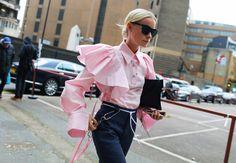 The 20 Best Street Style Beauty Looks From London Fashion Week