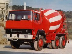 New Holland Agriculture, Mixer Truck, Car Camper, Steyr, Vintage Trucks, Cars And Motorcycles, Transportation, Monster Trucks, Vehicles