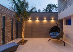 Rooftop Terrace Design, Courtyard Design, Balcony Design, Future House, My House, Small Backyard Landscaping, Exterior Lighting, Luxury Living, Outdoor Decor