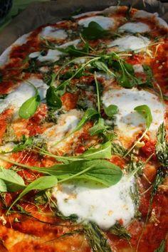Pizza met rucola en buffelmozzarella « Green delicious