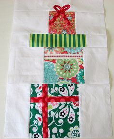 Adorable & quick quilt block. So going to use some scraps to make this up as a table runner