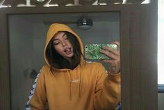 Shared by Zoé. Find images and videos about girl, pretty and yellow on We Heart It - the app to get lost in what you love. Tumbrl Girls, Foto Casual, Selfie Poses, Insta Photo Ideas, Foto Pose, Aesthetic Girl, Mellow Yellow, Pretty People, Cute Girls