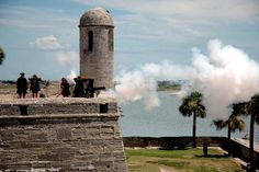 St. Augustine Photos at Frommer's - Firing the cannon at Castille San Marcos, St. Augustine, Florida.