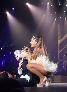 Ariana Grande Pictures | Powered by ArianaToday.net Ariana Grande Legs, Adriana Grande, Ariana Grande Pictures, Ariana Tour, Dangerous Woman, Queen, Selena Gomez, Rock, Role Models