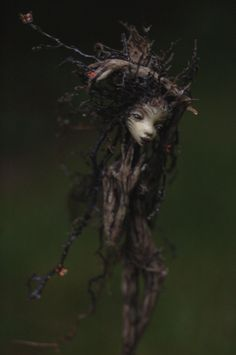 Rootling... Tree root fairies are beautifully creepy.
