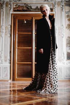 Marie Mukarovska Dekadente Fashion, Fashion Styles, Moda, Fashion Illustrations