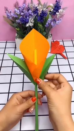 A simple tutorial to show you how to DIY a petunia (morning glory) by using paper garden wedding DIY Paper flower - petunia (morning glory) Paper Flowers Craft, Paper Crafts Origami, Flower Crafts, Diy Flowers, Diy Paper, Paper Crafting, Kids Crafts, Diy Arts And Crafts, Creative Crafts