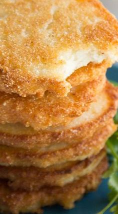Pan fried cornmeal mixed with shortening and boiling water make these Hot Water Cornbread patties a delicious staple for all southern bites! Southern Recipes, My Recipes, Cooking Recipes, Favorite Recipes, Southern Food, Southern Dishes, Water Recipes, Mexican Recipes, Recipies