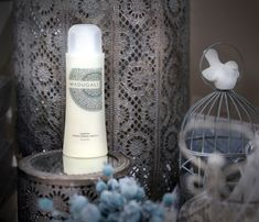 A special natural shampoo for hair loss from www.madugali.com  - INGREDIENTS: Glycerin, maca extract, vegetable collagen, kukui oil, phytokeratin, lemongrass essential oil, rosemary essential oil, mild coconut surfactant. In Cosmetics, Natural Cosmetics, Natural Shampoo, Natural Skin, Lemongrass Essential Oil, Essential Oils, Maca Extract, Kukui Oil, Cosmetics Ingredients