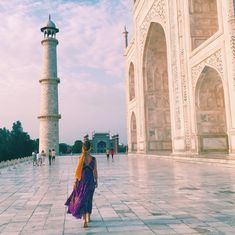Heading to visit the 7th Wonder of the World? Here's a few tips on photographing the Taj Mahal.