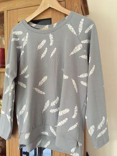 Grainline studio pattern linden sweatshirt  feather grey jersey