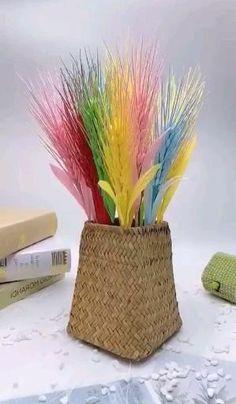 Paper Flowers Craft, Flower Crafts, Diy Flowers, Fabric Flowers, Paper Crafts, Diy Crafts Hacks, Diy Crafts For Gifts, Diy Home Crafts, Diy Arts And Crafts