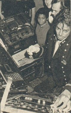 Michael Jackson: I'm sorry kid, you broke it! There's no way this equipment is ever going to work right again!