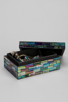30 Creative DIY Items with Mosaic Decor - Decorative Storage Boxes with Lids
