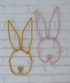 trophées lapin en tricotin sur http://couture-et-turbulences.fr/