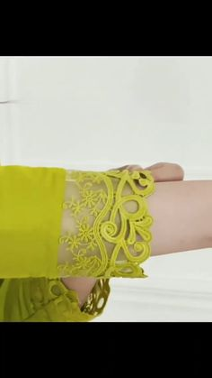 Party Wear Indian Dresses, Designer Party Wear Dresses, Kurti Designs Party Wear, Indian Fashion Dresses, Indian Designer Outfits, Embroidery Suits Design, Embroidery Fashion, Embroidery Suits Punjabi, Pakistani Fashion Casual