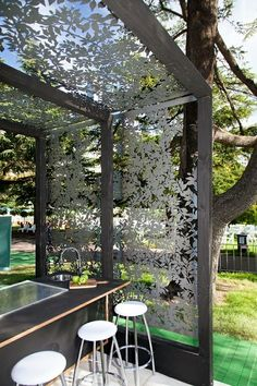 Who's been to the annual Flower & Garden Show in Melbourne? See our designs with Hunter Blake, Exhibit A80 with Jake Stone! Banksia Nut screens shown here