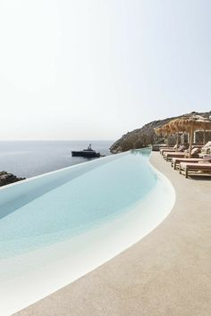 #pool #piscina #villaconpiscina Piscina Hotel, Pinterest Inspiration, Dream Pools, Swimming Pool Designs, Cool Pools, Dream Vacations, Future House, Outdoor, Abseiling