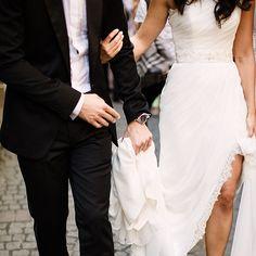 Stunning wedding photography captured by Danielle Coons. #weddinginspiration #wedding chicks http://www.daniellecoons.com/