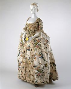 1740 Robe a la Francaise, one of the first examples of crochet decorating a piece of European clothing.
