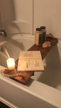 Prendre un certain temps pour soi pour se détendre! Parfait pour un verre de vin, des bougies, votre livre préféré ou peut-être même quelques Netflix sur votre ordinateur portable! Gars! Ce serait faire un cadeau parfait pour votre amoureux! Nous aimons les commandes