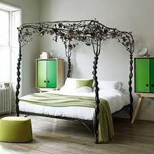 Resultado de imagem para camas antigas