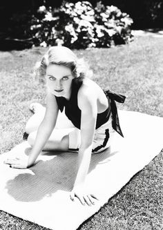 Bette Davis, 1930's