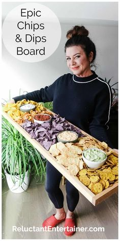 Serve an Epic Chips and Dips Board Recipe for your next gathering, holiday, or game day party! Use an epic board with a lip so the chips don't fall off! - Epic Chips and Dips Board Snacks Für Party, Appetizers For Party, Appetizer Recipes, Dinner Party Foods, Taco Bar Party, Tapas Party, Brunch Party, Fiesta Party, Charcuterie And Cheese Board