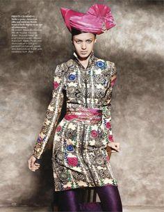 Jyothsna-Chakravarthy-pour-Vogue-India-9.jpg