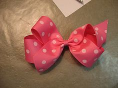 DIY simple hairbow tutorial- I've always wanted to know how to make these! Our dog is about to get a lot more fancy! :)