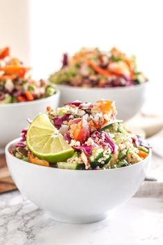 This Coconut Lime Quinoa Salad is a great make-ahead big-batch recipe that will take your tastebuds to the beach. Lime Quinoa Salad, Quinoa Salat, Coconut Quinoa Salad, Quinoa Rice, Clean Eating Recipes, Clean Eating Snacks, Healthy Eating, Healthy Food, Easy Meal Prep