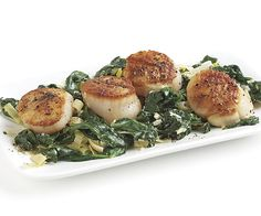Creamy Spinach and Leeks with Seared Scallops  recipe