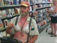 Super funny hilarious weird over dressed walmart people. Strange and funniest people of walmart. Funny photos of people at walmart. Funny Walmart People, Funny Photos Of People, Walmart Shoppers, Stupid People, Crazy People, Funny People, Funny Pictures, Ghetto People, Nasty People