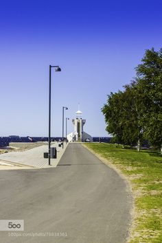 A little lighthouse at the Nallikari beach in Oulu, Finland.