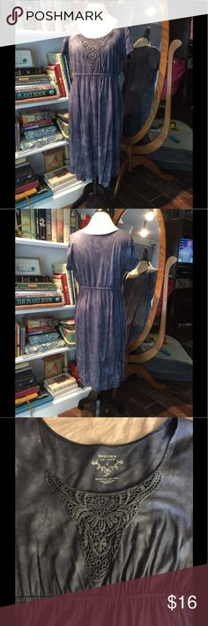 Sonoma knit dress EUC size large round neck with lace application short sleeves elastic waist. Beautiful slate blue acid wash tie dye color. Perfect for spring summer fall winter, beach bathing suit cover up, lounging around the house. So comfortable knit fabric.   Bundle 2 save 5%, 3+ save 10%. Please check out my other quality listings. All sales final. Never hurts to make an offer!  Tags: LuLaRoe classic classy Carly tank mini midi maxi skirt top blouse outfit Sonoma Dresses Midi