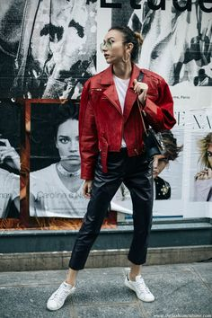 5-outfits-that-make-you-want-to-wear-a-leather-jacket