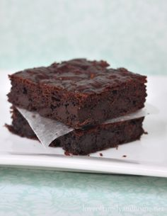 Paleo Zucchini Brownie Recipe - Love of Family & Home