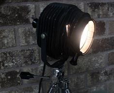 """Amazing original vintage 1940s F-R Hi-Spot Fink-Roselieve mini black theater stage light in """"Excellent"""" condition mounted on an original Vintage Sunset tabletop tripod!"""