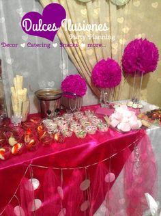 Candy & Salty Buffet- mesa de snack dulce y salado! variedad de productos y decoración en rosa fiucsia!!!