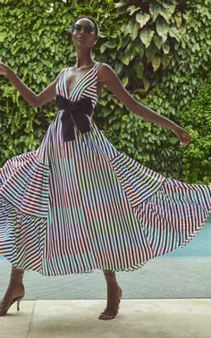 Get inspired and discover Silvia Tcherassi trunkshow! Shop the latest Silvia Tcherassi collection at Moda Operandi. Fashion 2020, Fashion News, Fashion Outfits, Womens Fashion, Mode Kimono, Satin Midi Dress, Fashion Lookbook, The Dress, Cotton Dresses